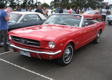 1965 ford mustangs file ford mustang convertible 1965 jpg wikimedia commons