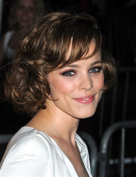 the new rachel haircut 2012 rachel mcadams short hairstyles fashioncheer com