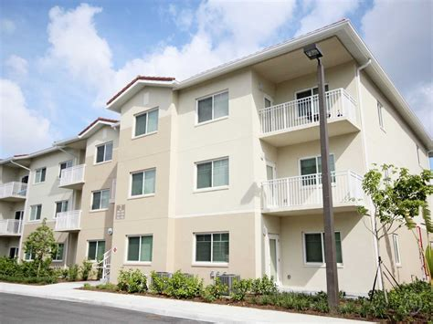appartments miami alta mira apartments miami fl 33161 apartments for rent