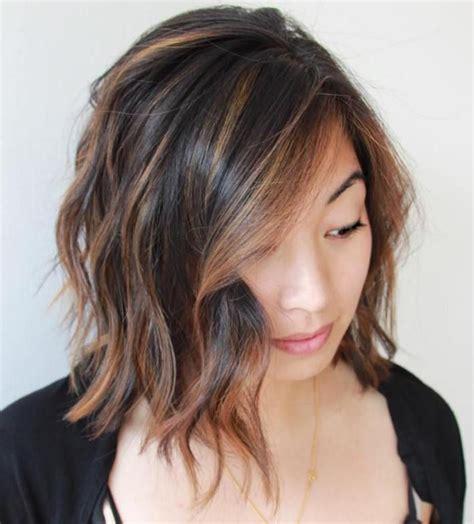 pinterest medium bob haircut caramel blonde highlights best 25 short dark brown hair with caramel highlights