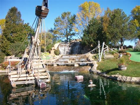 miniature golf courses in door county wi pirate s cove mini golf bay reviews of pirate s