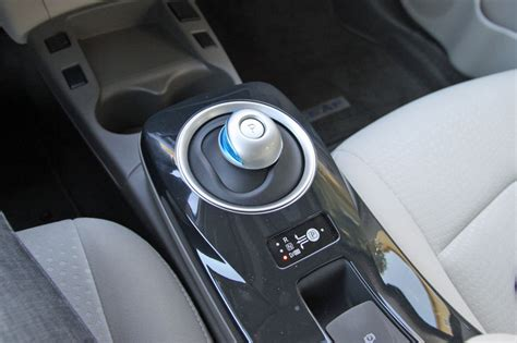 shifter  mouse  nissan leaf long term road test