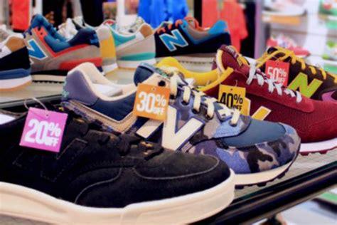 Sepatu Di Sport Station Tasikmalaya Rahasia Di Balik Diskon Sepatu Besar Besaran Di Mal Money Id