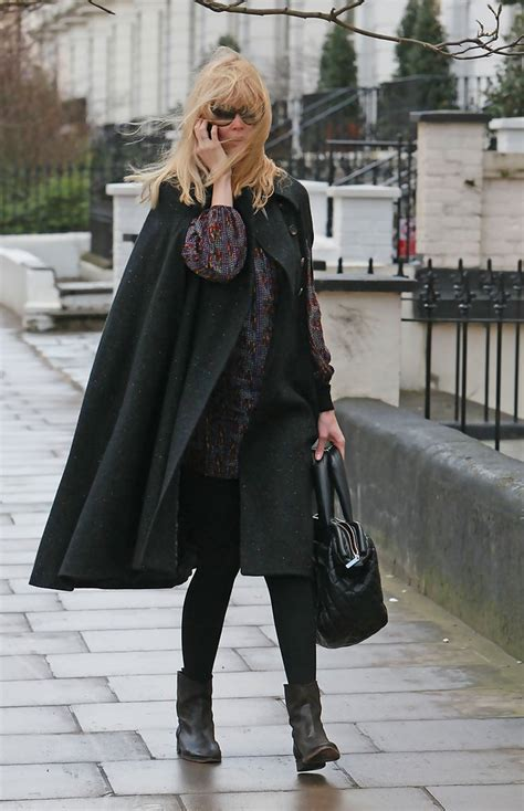 Style Kate Moss Fabsugar Want Need 5 by Schiffer S Windswept Look Zimbio