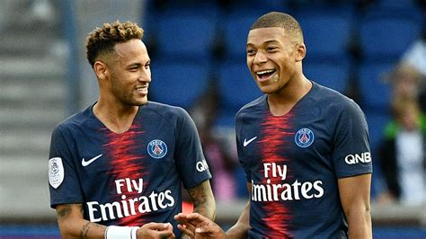 kylian mbappe and neymar psg star kylian mbappe on track to match lionel messi