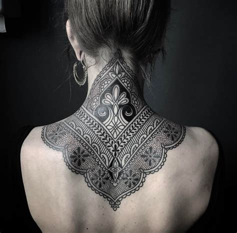 neck tattoo windows 7 die besten 25 mandala neck tattoo ideen auf pinterest