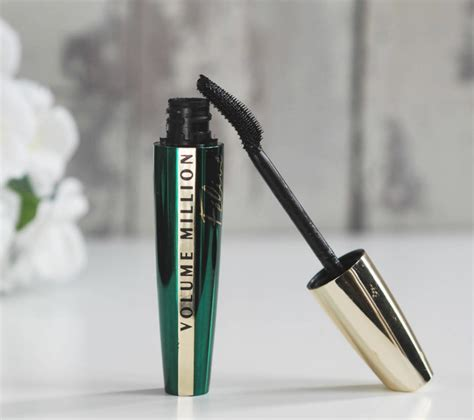 Loreal Volume Shocking Mascara Expert Review by L Oreal Volume Million Lashes Feline Mascara Review