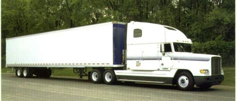 Topi Trucker Alfa Romeo White alfa romeo acura transport truck on the road and