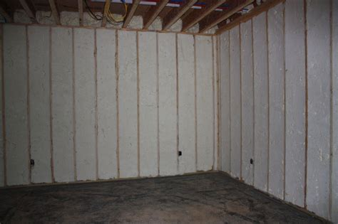 spray foam insulation basement walls spray insulation basement walls 28 images spray foam