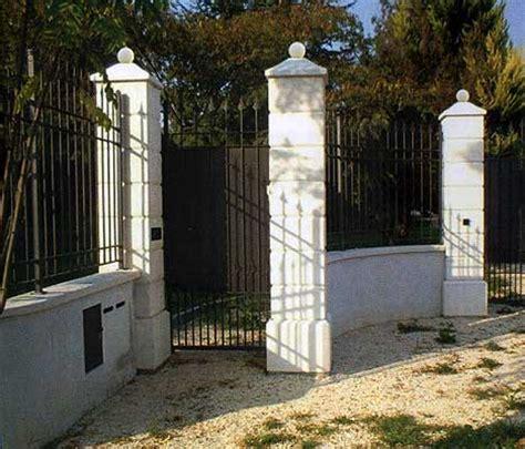 Colonne In Cemento Armato by Pilastri In Cemento Per Cancello Vendita