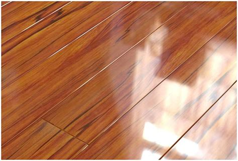 Types Of Laminate Flooring Laminate Types And Underlay Types