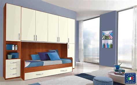 armadio a letto letto su armadio qa92 187 regardsdefemmes