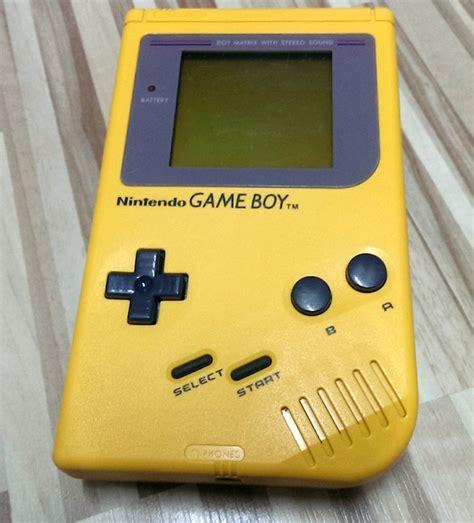 nintendo boy yellow retro collector