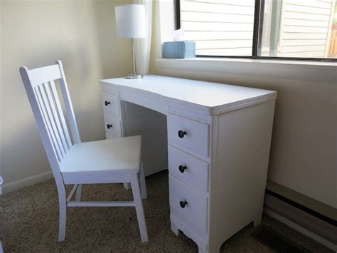 Diy Painted Desk Diy Desk Painting Diy Projects