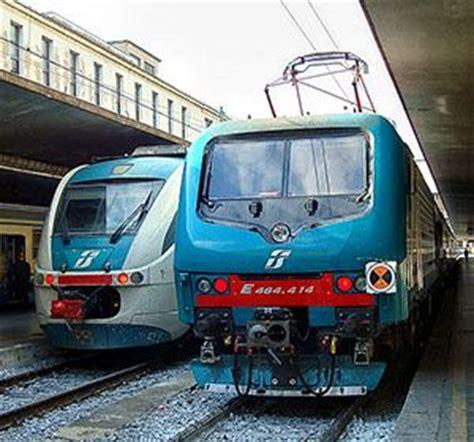 ufficio informazioni trenitalia treno regionale comportamenti e valutazioni degli utenti