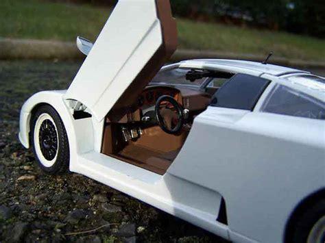 Diecast Miniatur 124 1991 Bugatti Eb 110 Bburago bugatti eb110 special edition burago diecast model car 1
