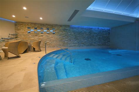 Luxury Hotels In Uk With Tubs luxury tubs tub dealers uk
