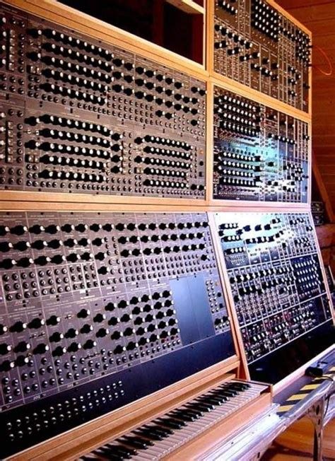 best moog synthesizer best 25 moog synthesizer ideas on independent