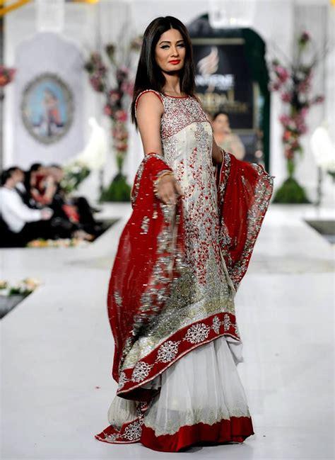best designers 15 best bridal dresses by popular fashion designers