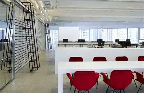 Storage Corporate Office by Hola Projects
