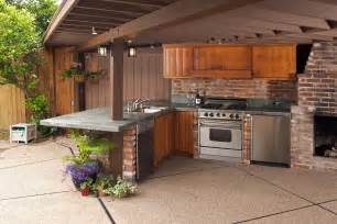 outdoor kitchen designs for small spaces conexaowebmix com
