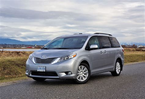 toyota awd 2017 toyota sienna limited awd the car magazine