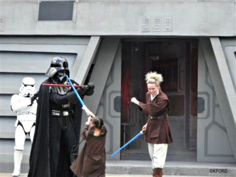 tutorial jedi academy tips for kids at disney world s star wars weekends a mom