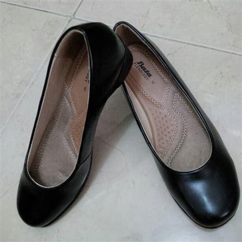 Sepatu Merk Laviola Uk 36 39 jual sepatu wanita hitam pantofel merk bata shop