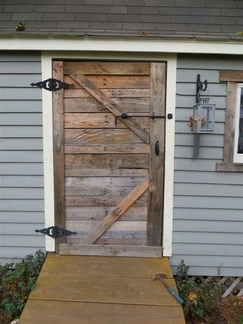 Barn Shed Doors by Wood Pallet Shed Door Home Sweet Home