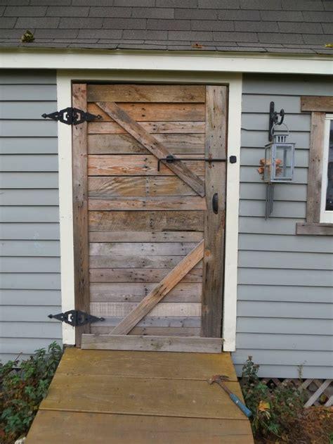 Wood Pallet Shed Door Home Sweet Home Pinterest Pallet Barn Door