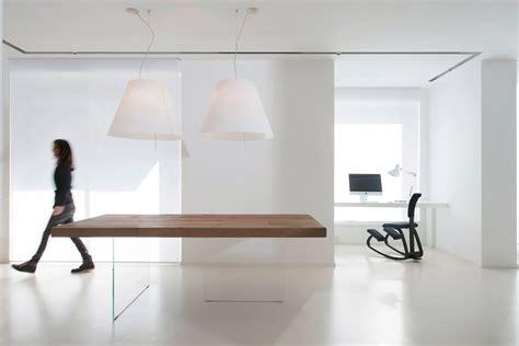 tavolo lago tavolo air un tavolo leggero e sospeso lago design