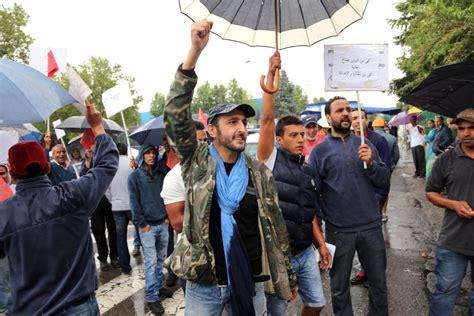 consolato di bologna protesta dei lavoratori marocchini contro il consolato di