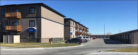 Overhead Door Grand Island Ne The Residences At Oak Pointe O Connor Residential Grand Island Ne Apartments Duplexes