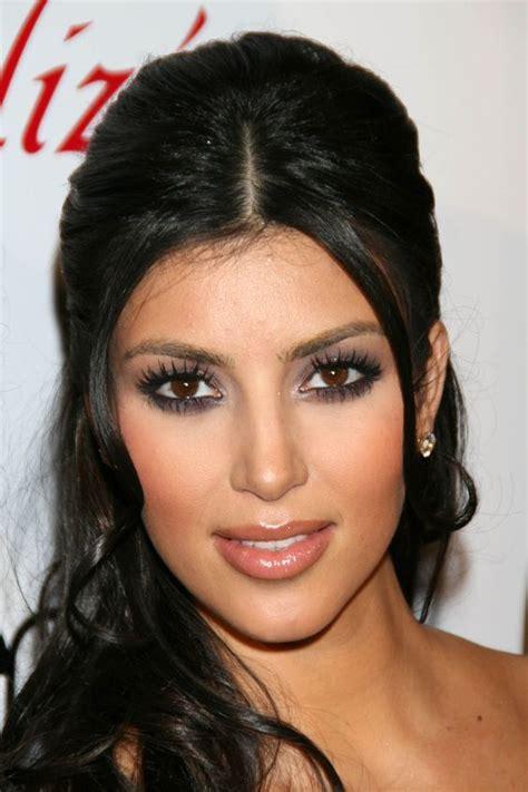 kris jenner eye color purple eye makeup kim kardashian looks makeup purple