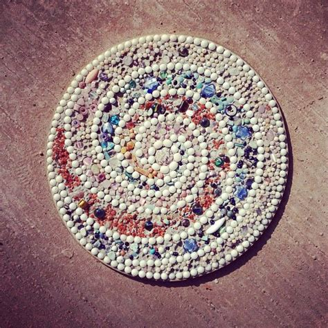 17 best ideas about mosaic stepping stones on pinterest