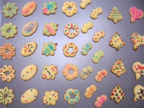 colored sugar cookies 3 ways to add colored sugar to sugar cookies wikihow