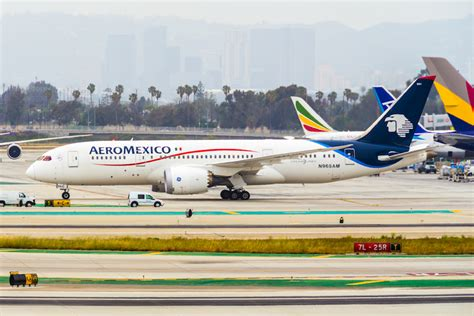 aeromexico and delta sign joint cargo agreement airlinegeeks