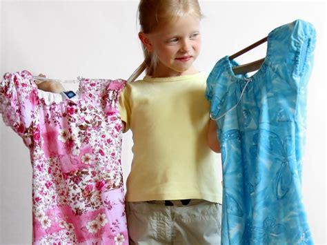 Baju Dokter Cantik tips memilih baju lebaran untuk anak tips dokter cantik