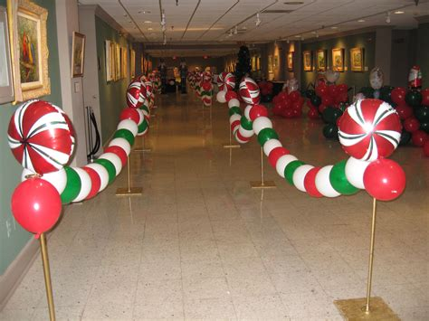 prop up some art 15 easy christmas decorations real simple winter wonderland office decorating ideas 1 the
