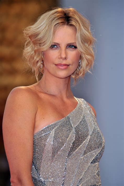 Charlize Theron Pretends To Model by Model Charlize Theron Wallpapers 6641