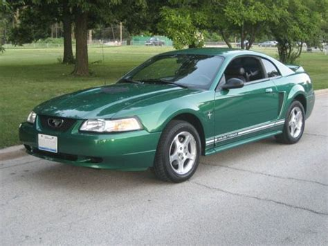buy used 2000 ford mustang v6 3 8l 83 000 miles 5 speed manual trans great condition in cicero