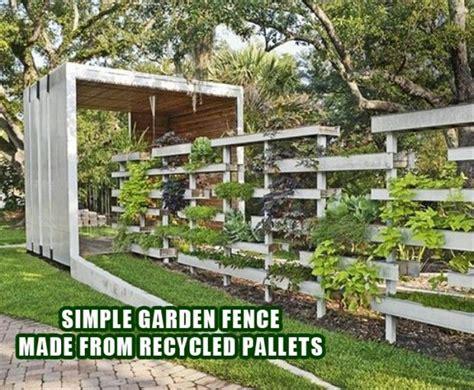 Vertical Garden Made Out Of Pallets Pallet Fence Vertical Garden Gardens