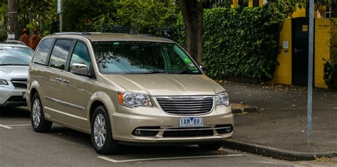 chrysler airbag recall dodge journey and chrysler voyager recalled faulty