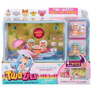 character uk twozies fun gether playset sweet