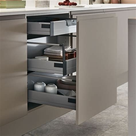 soft 3 drawer base unit kitchen storage