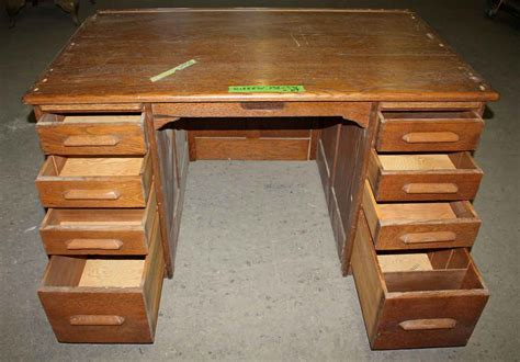 Desk With Lots Of Drawers by Oak Student S Desk With Lots Of Drawers Olde Things