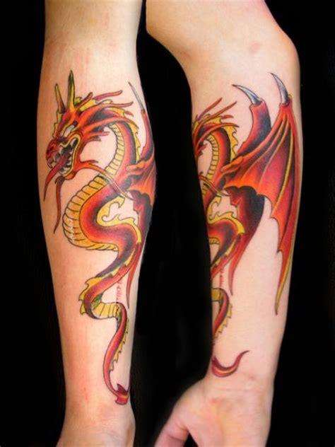 tattoo dragon en brazo amor de madre portada