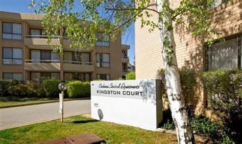 kingston appartments entrance picture of kingston court apartments canberra tripadvisor