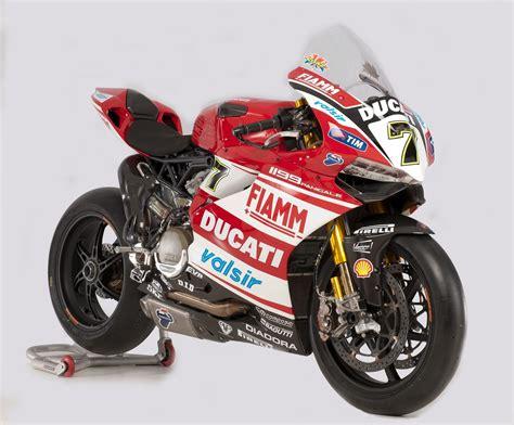 racing ducati racing caf 232 ducati 1199 panigale ducati superbike team 2014