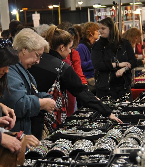 show novi international gem and jewelry show jewelry show novi mi suburban showplace